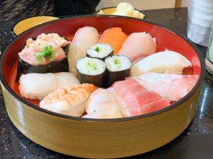 とらふぐ | 完全個室の回転寿司屋「お得なランチセットがおすすめ」