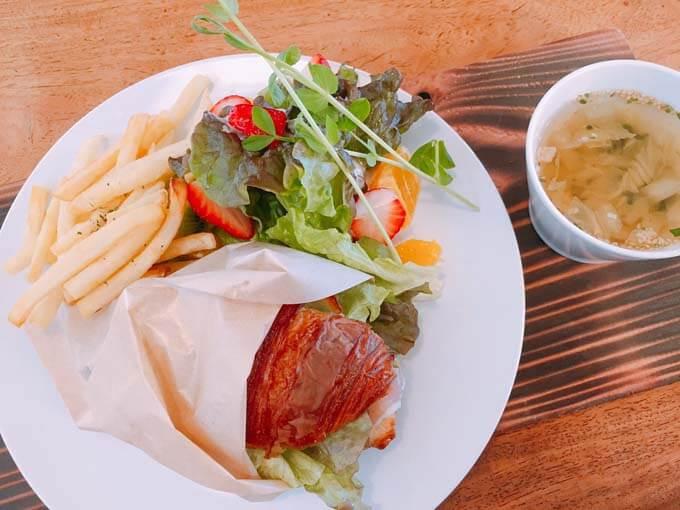 トワイエ 富山 | クロワッサンが大人気「赤ちゃん連れのママも安心のお店」