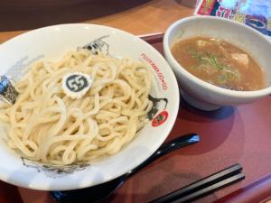 【フジヤマ55 富山初進出】ゴーゴーカレー×つけ麺「もちっと全粒粉太麺と濃厚スープ」