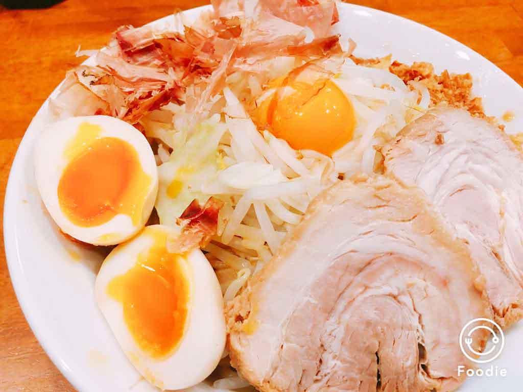 【豚道場】富山大学ごはん!二郎系まぜそばで男を磨け!