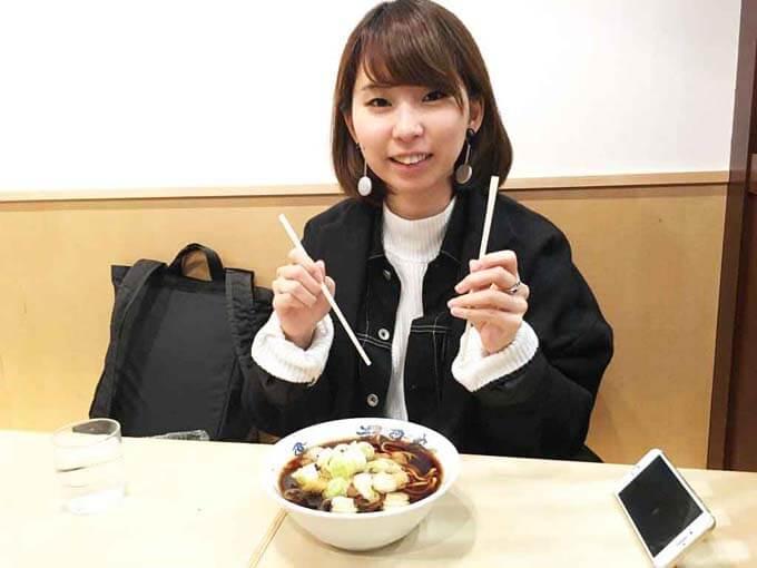 富山駅構内でも食べられる