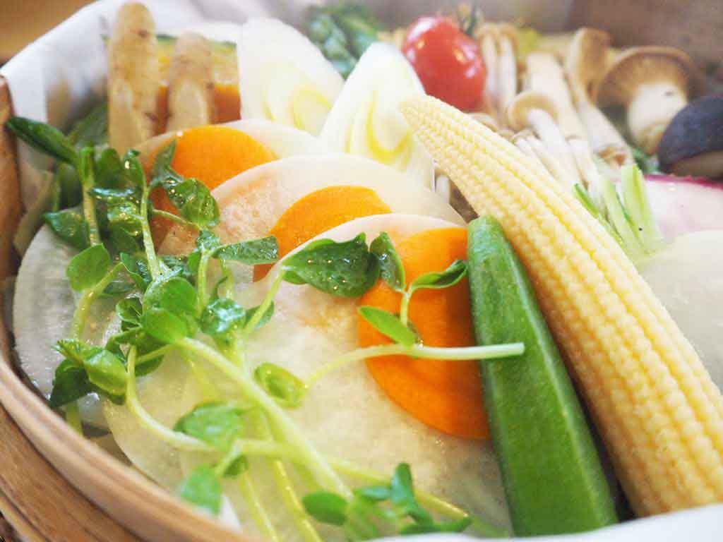 【Cafe BLUE LEAVES】女子会おすすめ、野菜せいろ蒸しランチ