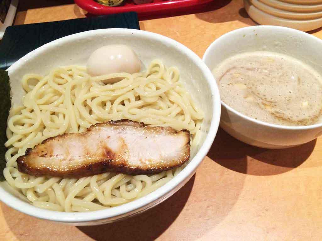 麺屋一鶴のつけ麺は夏限定メニュー