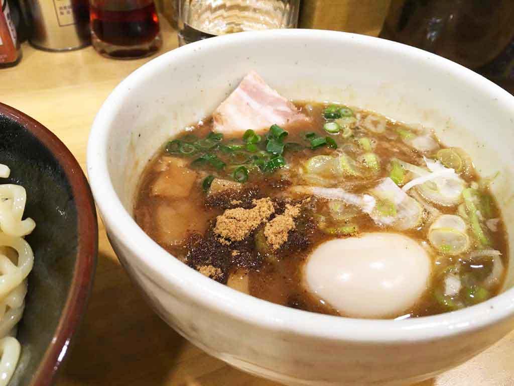 景勝軒のつけ麺のスープ