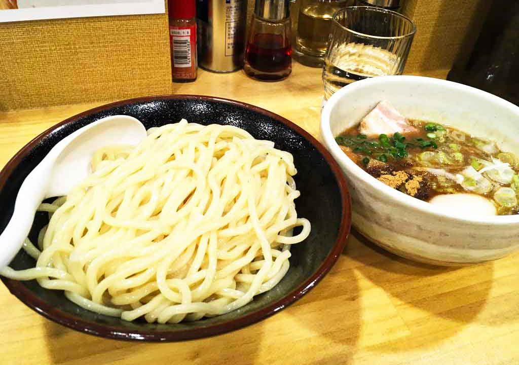 群馬県の小麦粉文化を継承、上州もりそばを富山で食す「景勝軒」