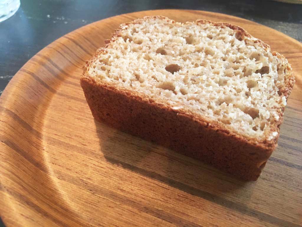 ノラカフェの自家製パン