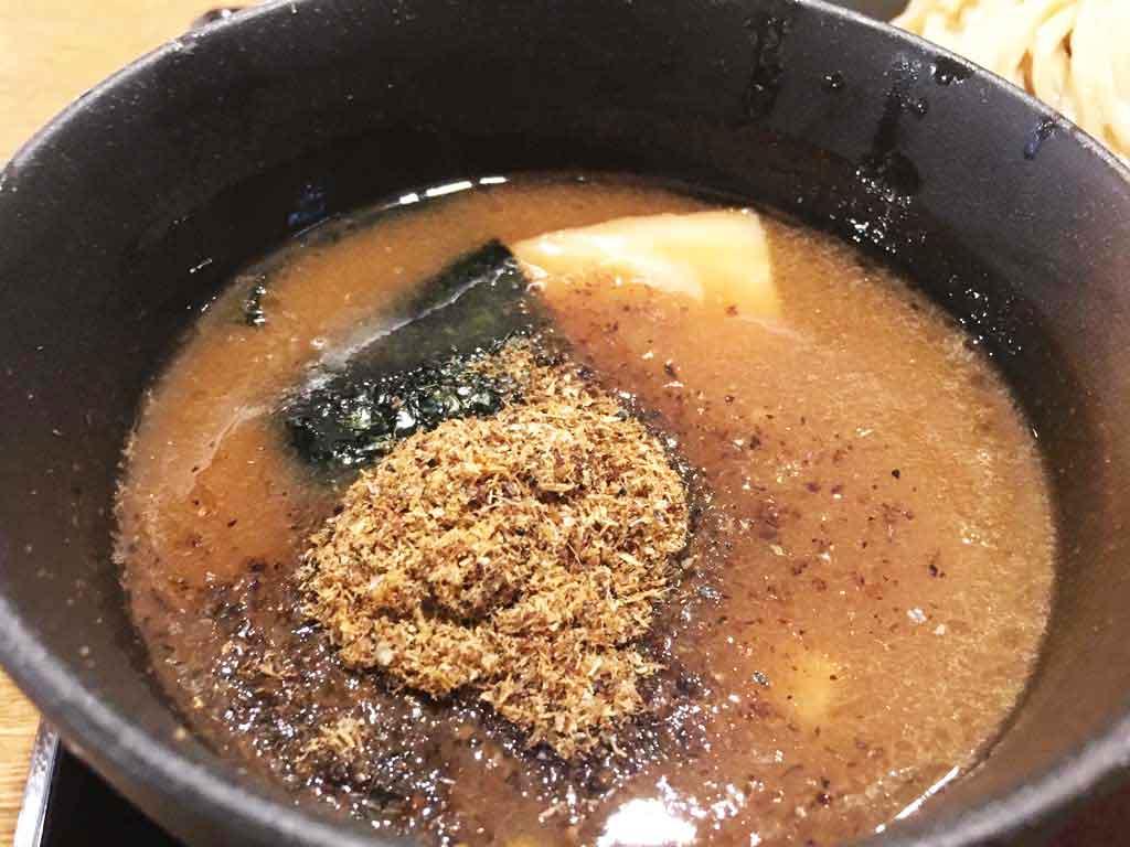 トロトロチャーシューとこってりWスープ