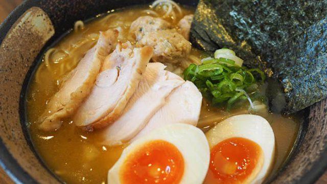 【麺屋 虎珀(こはく)】高岡にオープンした鶏白湯ラーメン、濃厚だけどあっさりの至極の一杯