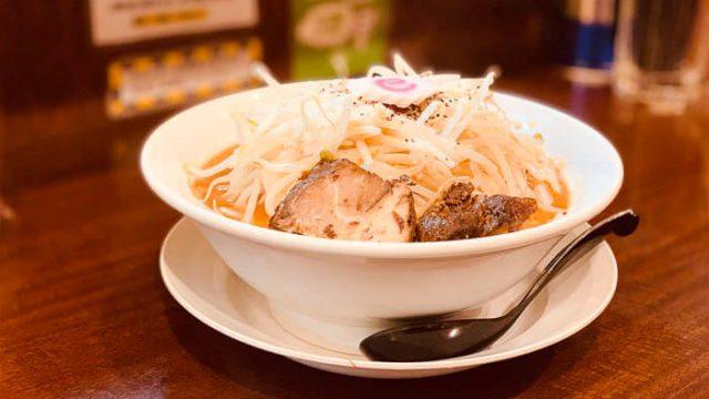 【麺家なると】ラーメンのメニューが豊富!!「なる二郎」の麺特盛を食らってきました