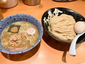【六厘舎 東京駅】気になる待ち時間は?「並んででも食べたいつけ麺」