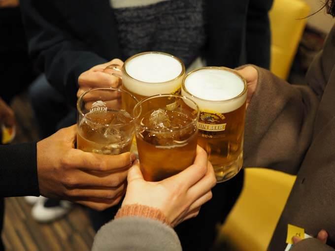 初めての仲間と乾杯!