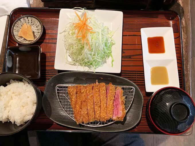 牛かつ定食(130g)