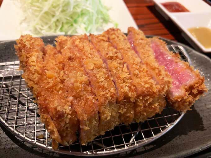 牛カツ RIKI | レアの赤身×とろっと脂がうまい牛カツ専門店で舌鼓