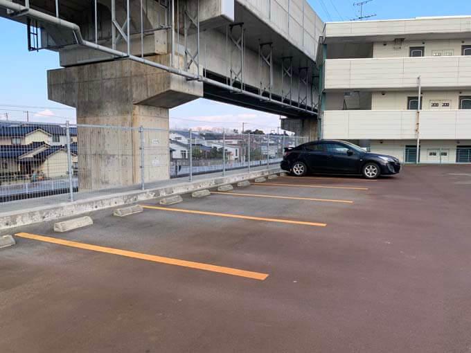 たっぷりある駐車場