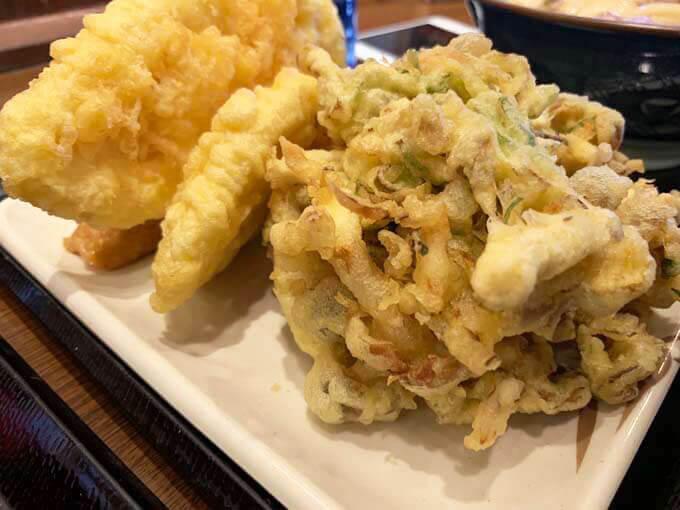 舞茸と鶏肉の天ぷらがうまい