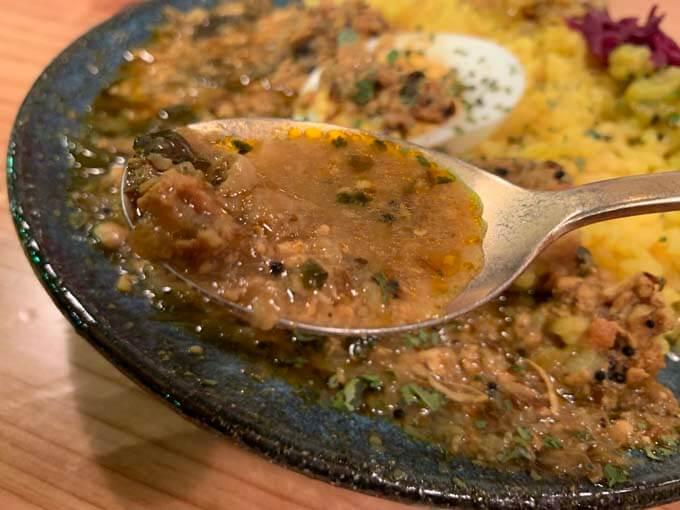 スープ状のカレー