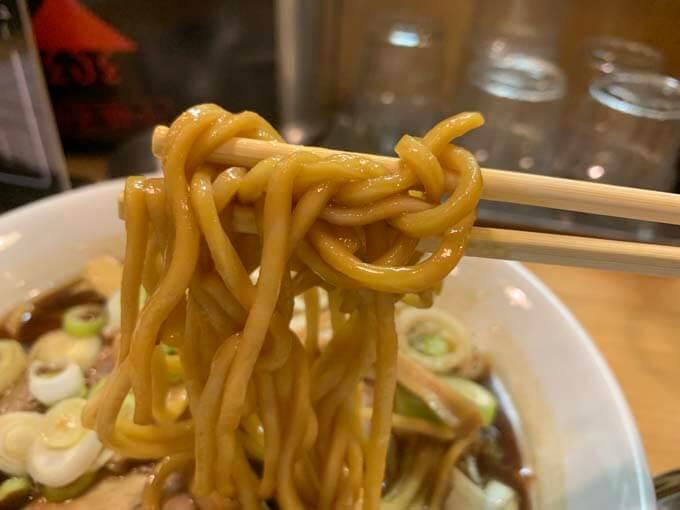 コシの強い太麺