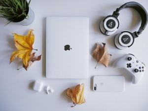 MacBook Pro 2020と合わせて買いたい周辺機器・アクセサリ7選