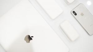Macbook Proユーザにおすすめのモバイルバッテリー・USB充電器3選